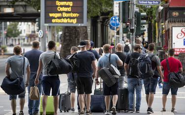 """Detalj iz Frankfurta: Ljudi napuštaju """"zabranjena područja"""""""