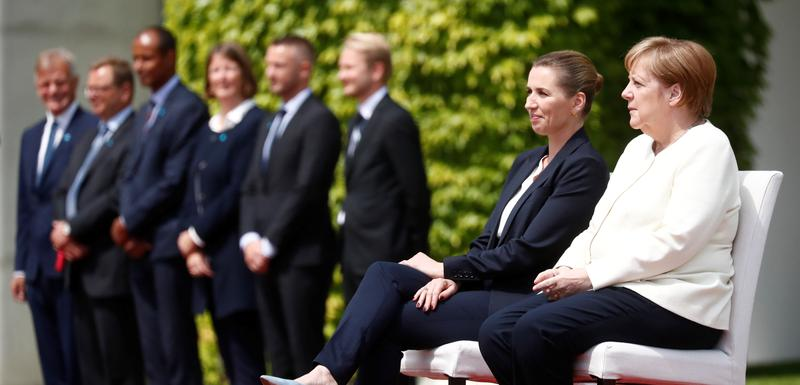 Frederiksen i Merkel danas u Berlinu