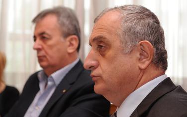 Ne treba čekati novog predsjednika: Stanišić i Bulatović