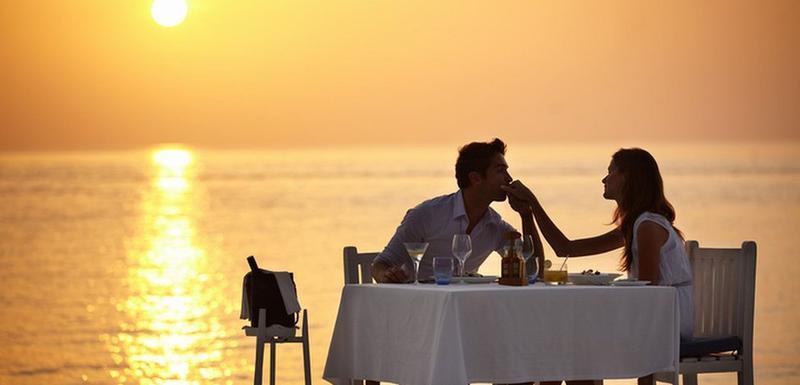 Neki ljudi veruju da će postati bolji ljubavnici ako jedu određeni tip hrane