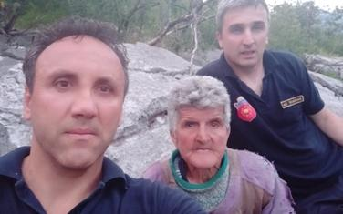 Pripadnici Službe zaštite i spašavanja sa Nikolićevom