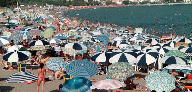 Gosti dolazili na noć-dvije: Plaža u Bečićima