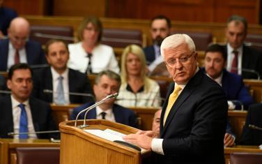 Glavna tema premijerskog sata biće finansije: Marković