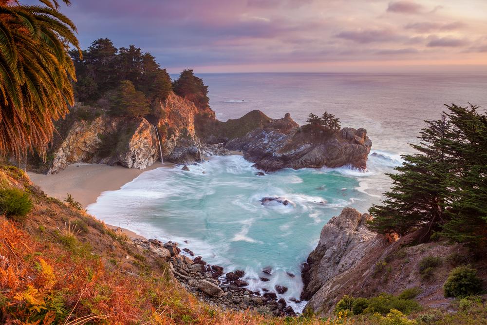 Pfeiffer Beach, Kalifornija (foto: Shutterstock)