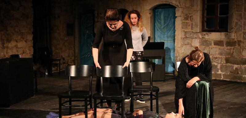 "Scena iz predstave ""Balava"""