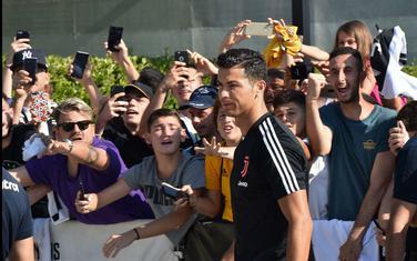 Ronaldo sa navijačima Juventusa