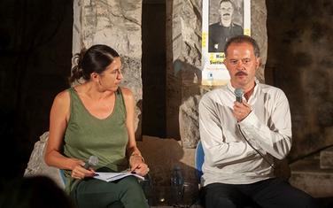 Dragan Prole na Trgu pjesnika