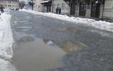 Ulica je zimi za izbjegavanje