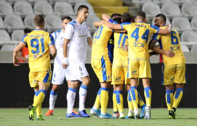 Slavlje fudbalera APOEL-a