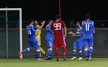 Slavlje fudbalera Sutjeske nakon gola Jankovića