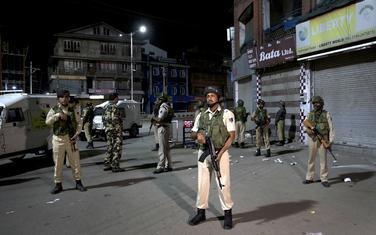 Vojska na ulicama Kašmira