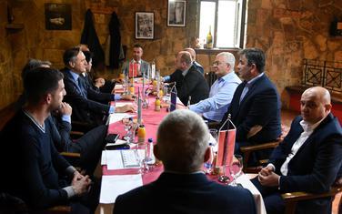 Sa prethodnog sastanka pokreta Odupri se i predstavnika opozicionih stranaka