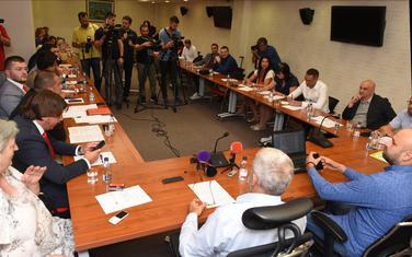 """Sa sastanka dijela opozicije i pokreta """"Odupri se"""""""