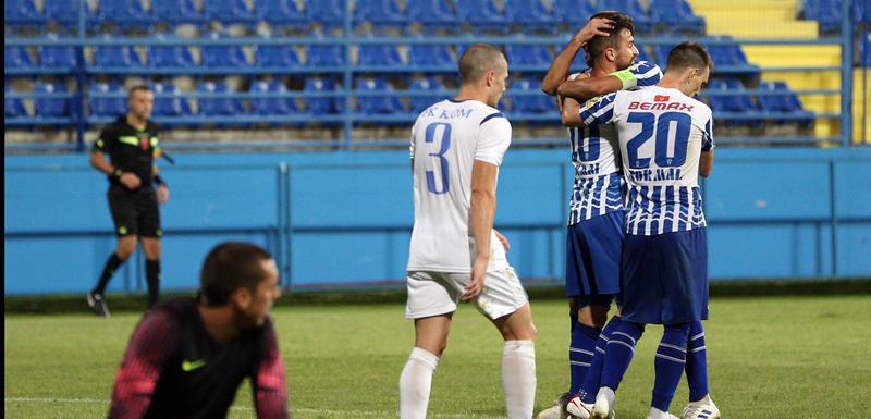 Slavlje fudbalera Budućnosti nakon gola Ivanovića za 3:1