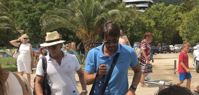 Vučković (u plavoj majici) kreće na maraton