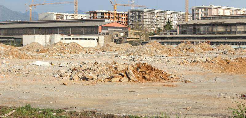 Prostor bivše fabrike prodaju za stembene i poslovne zgrade