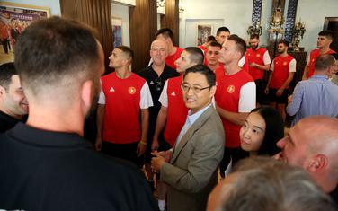 Crnogorski košarkaši na prijemu u Ambasadi Kine