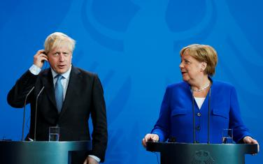 Džonson i Merkel pred novinarima