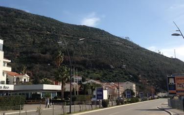 Brdo Košljun na ulazu u Budvu