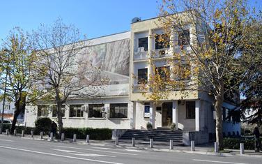Nekadašnja zgrada Direkcije pošta od 2007. Đukanovićevo vlasništvo