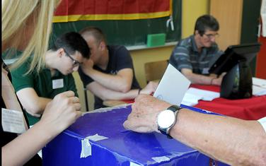 Opozicija traži objedinjavanja izbora: Sa glasanja u Podgorici
