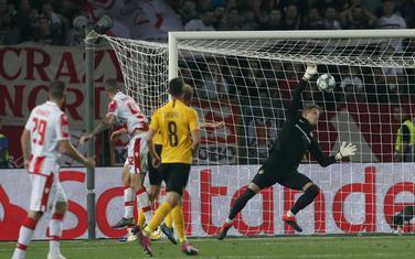 Aleksa Vukanović postiže gol za Zvezdu