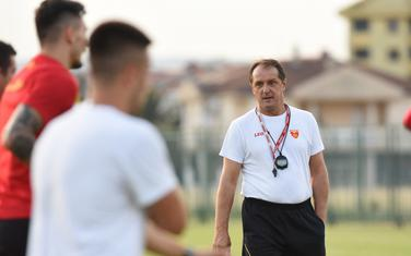Faruk Hadžibegić na prvom treningu