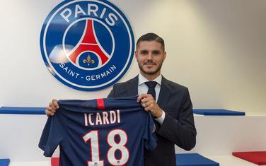Igardi je u Parizu dobio dres sa brojem 18