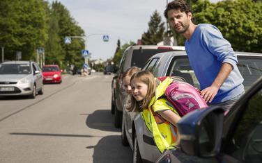 Upozorite djecu na situacije kada vozač ne može da ih vidi