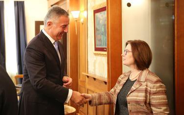Đukanović juče sa ambasadorkom SAD Džudit Rajnke