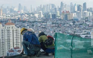 Centar Džakarte pravi velike probleme uključujući u urušavanje pojedinih delova grada