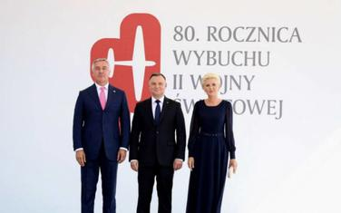 Đukanović sa zvaničnicima u Varšavi