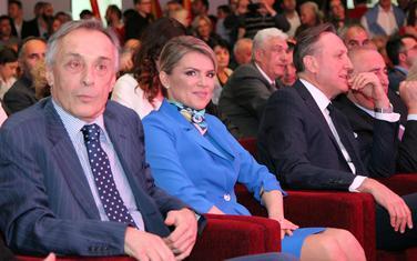 Draginja Vuksanović Stanković sa Miodragom Lekićem i partijskim kolegama