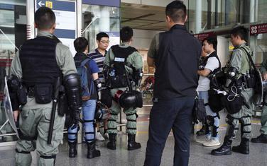 Detalj sa aerodroma u Hongkongu
