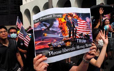 """Dragi predsjedniče Tramp, molimo vas da oslobodite Hongkong"""