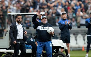 Maradona na prvom treningu