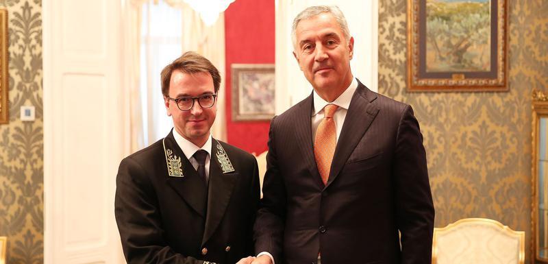 Ambasador Maslenikov i Đukanović