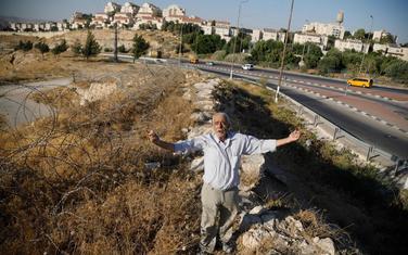 Palestinac Ali Farun na putu ka jevrejskom naselju Male Adumim na okupiranoj Zapadnoj obali