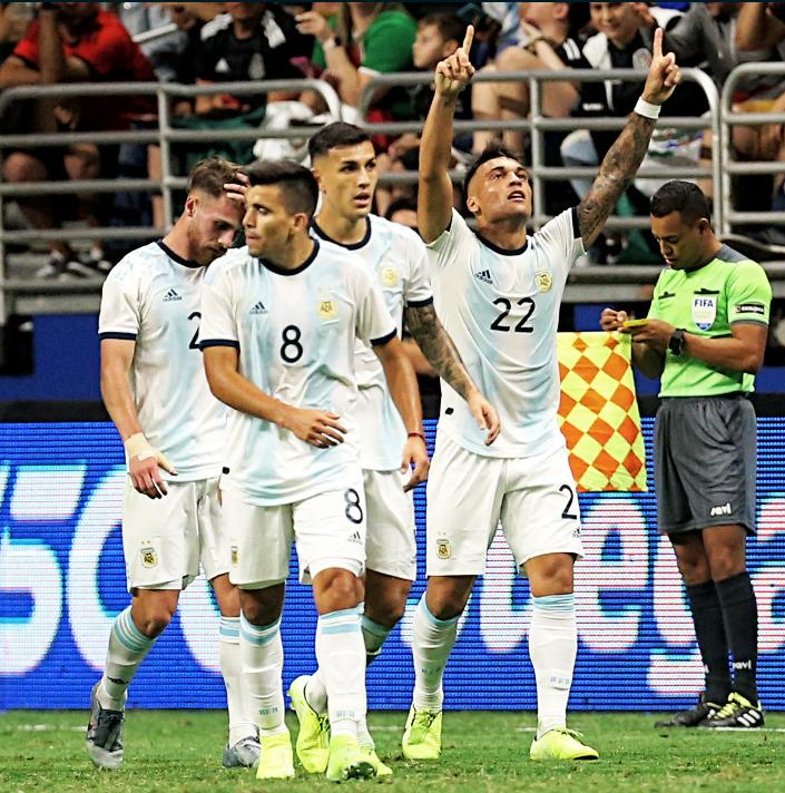 Slavlje igrača Argentine