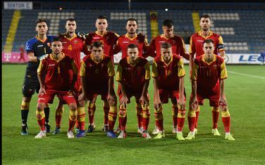 Mlada fudbalska reprezentacija pred meč sa Farskim ostrvima