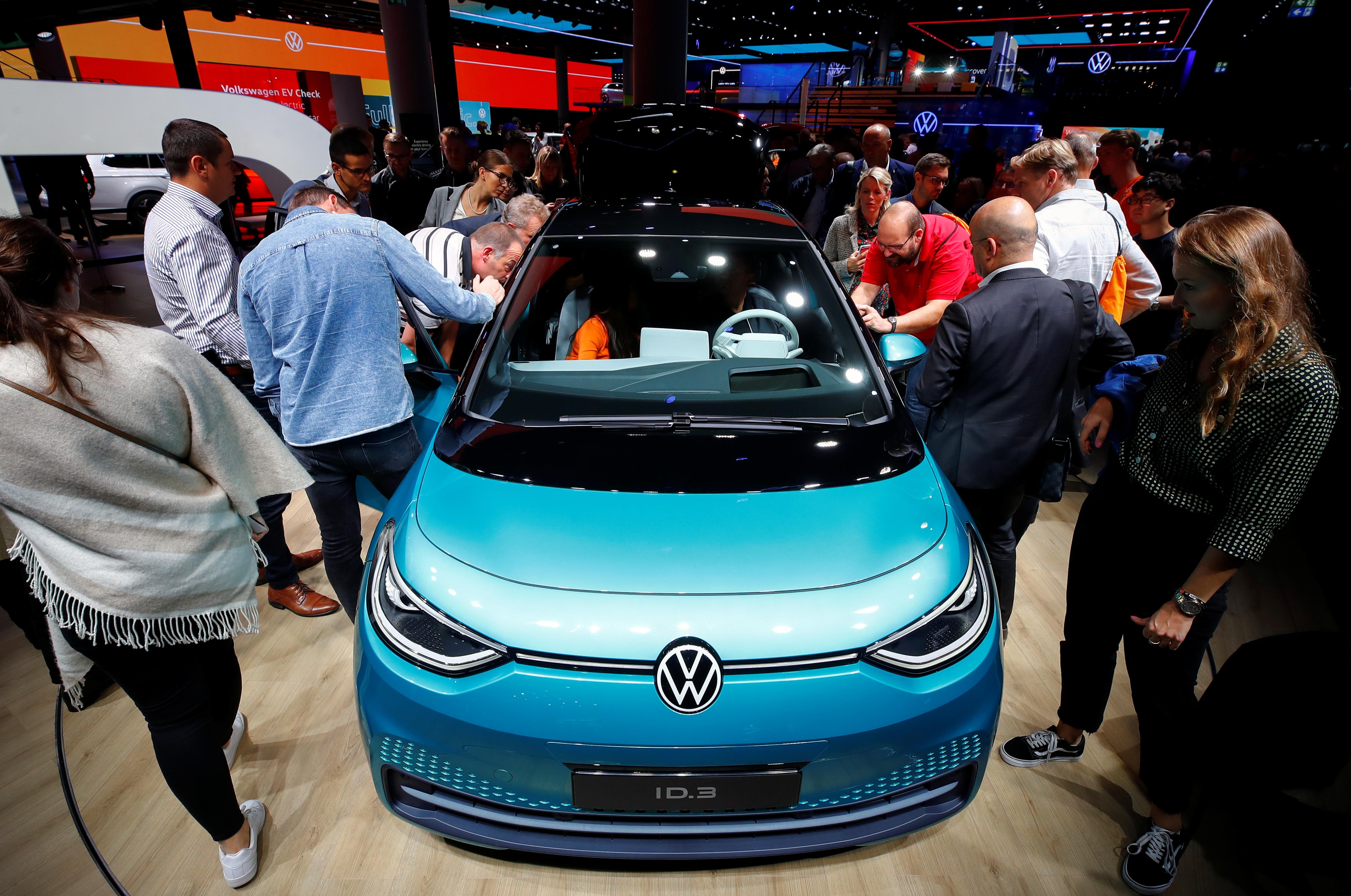 Sa sajma automobila u Frankfurtu (foto: Reuters)