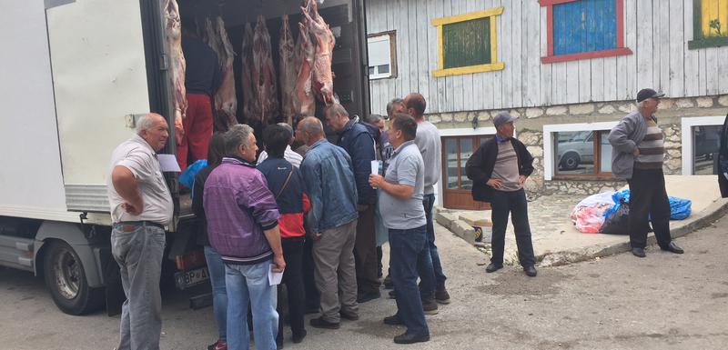 Prošla akcija podijele jagnjetine