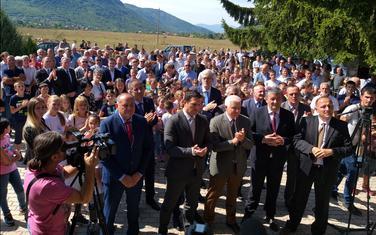 Marković sa saradnicima tokom posjete Župi