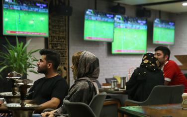 Detalj iz jednog kafića u Teheranu
