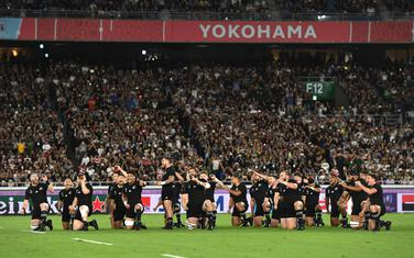 "Haka ples ""All Blacks"" momaka"