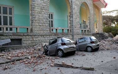Tirana: Lokalni mediji izvještavaju da je 49 povrijeđenih osoba primljeno u bolnicu