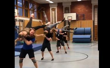 Plesači utrenirani