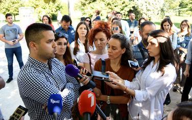 Sa jučerašnjeg protesta studenata magistarskih studija ispred Rektorata