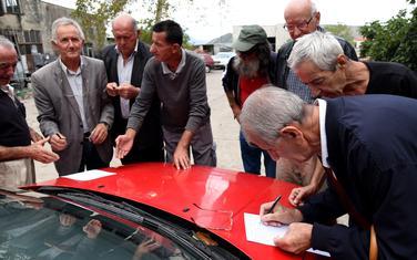 """Bivši radnici """"Radoja Dakića"""" potpisuju peticiju"""