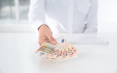 Odobreni gotovinski - nenamjenski krediti stanovništvu iznose 678,5 miliona eura (ilustracija)